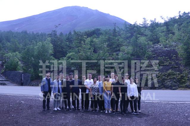 游览富士山